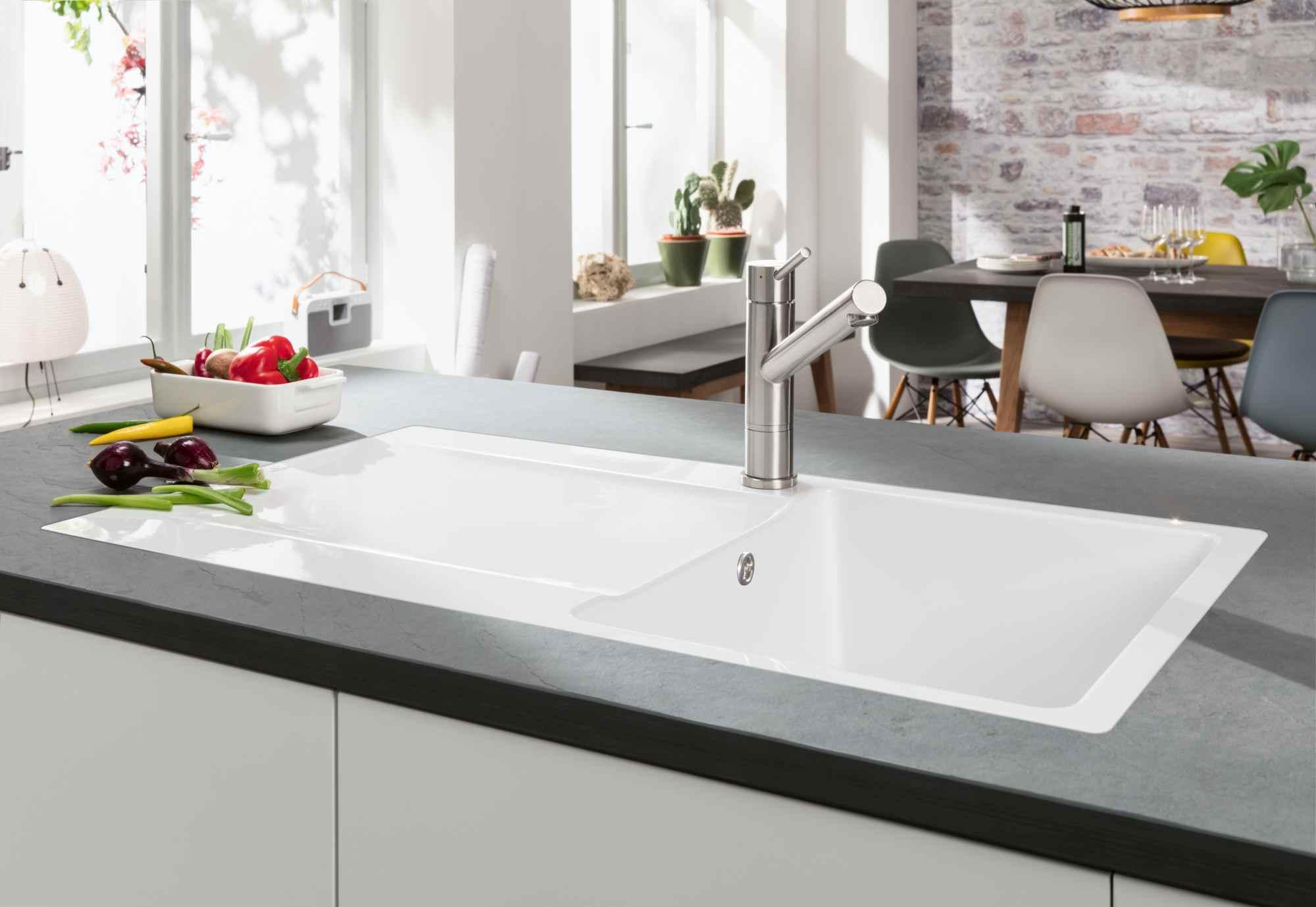 Siluet: Die erste Küchenspüle aus TitanCeram   area30 – design ...